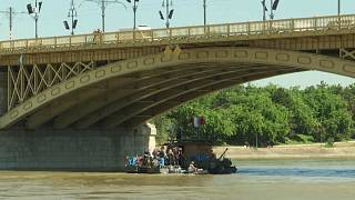 Rescuers in Hungary find body 100kms from scene of Danube boat accident