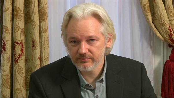 Tribunal sueco fecha a porta a extradição de Assange