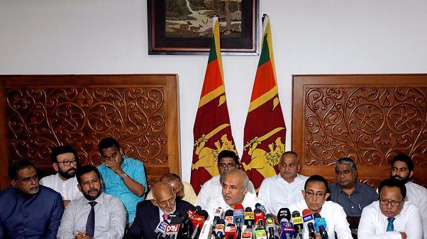 Artan baskılar sonrası Sri Lankalı 9 Müslüman bakan toplu şekilde istifa etti