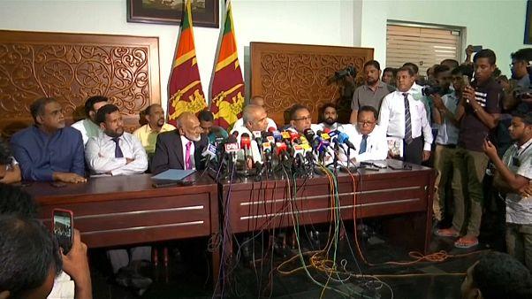 استقالة جماعية لمسؤولين مسلمين في سريلانكا تضامناً مع وزير الصناعة