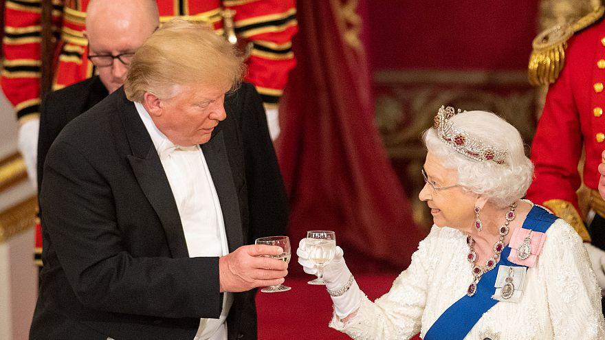 Τι είχε το μενού στο δείπνο της βασίλισσας Ελισάβετ προς τον Τραμπ;