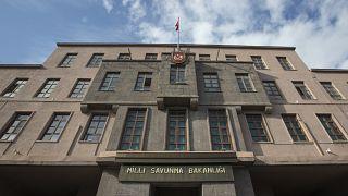 AK Parti, Yeni Akit yazarının TSK hakkındaki sözlerine tepki gösterdi