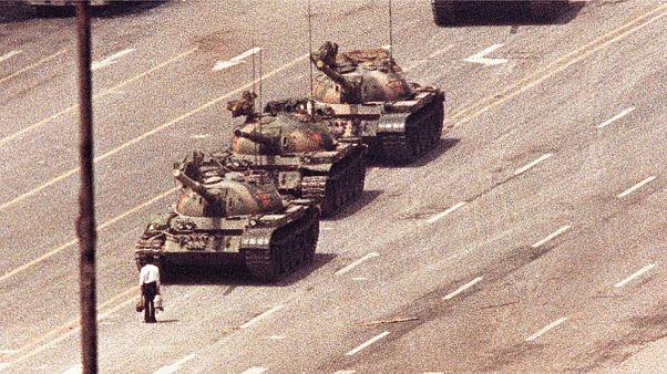 مردی که مقابل تانکهای میدان تیانآنمن ایستاد چه سرنوشتی پیدا کرد؟