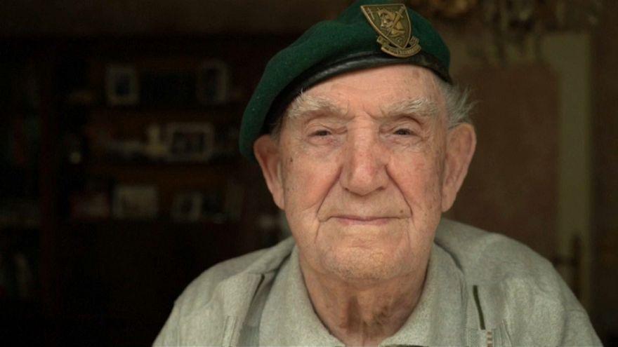 El recuerdo de amigos y enemigos caídos en la II Guerra Mundial