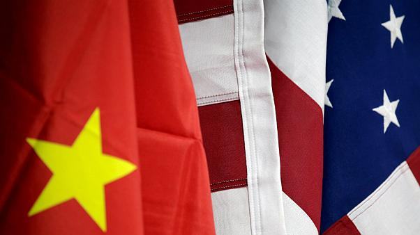 چین به شهروندان و شرکتهای تجاری در رابطه با آمریکا هشدار داد