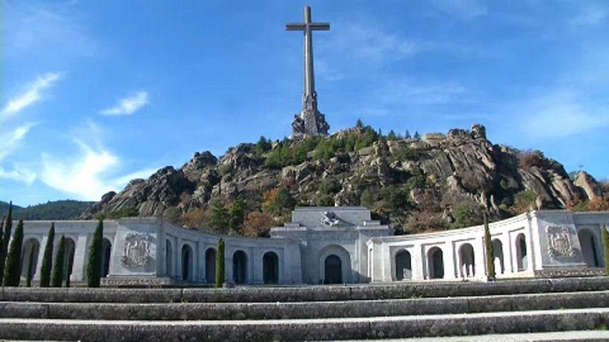 El Tribunal Supremo de España paraliza la exhumación de los restos de Franco