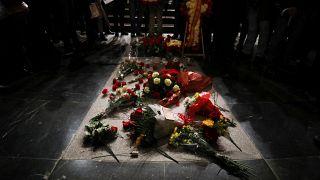 Spagna: stop alla riesumazione, Franco resta nel mausoleo