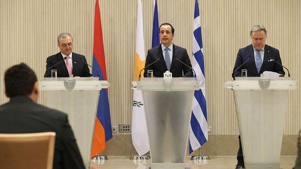 Εμβάθυνση της συνεργασίας αποφάσισαν Κύπρος-Ελλάδα-Αρμενία