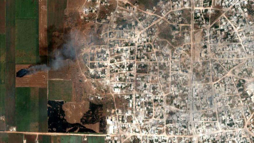 Ateşe verilen ekin tarlaları, İdlib / Suriye