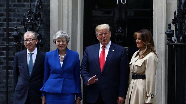 Trump und May schütteln zunächst keine Hände