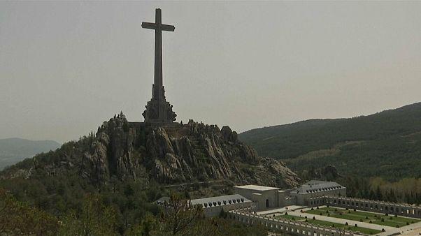 Espagne : l'exhumation de Franco stoppée net