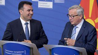 Γιούνκερ: Η Συμφωνία των Πρεσπών δεν επηρεάζεται από τις εθνικές εκλογές
