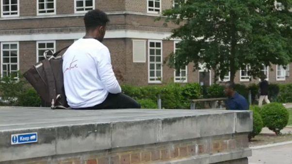 Estudantes europeus sem garantias pós-Brexit