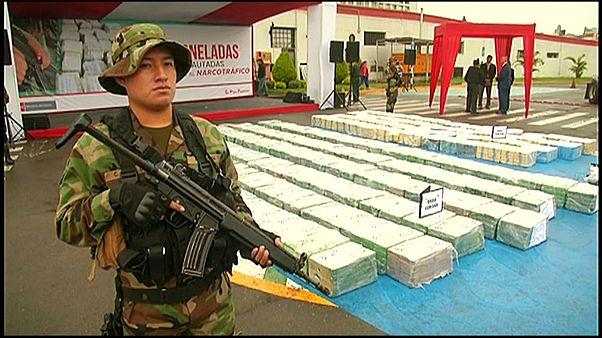 شاهد: ضبط ومصادرة أكثر من 5 أطنان من الكوكايين في بيرو