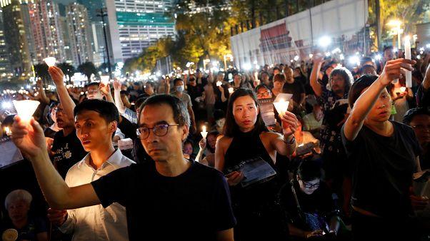 Tienanmen, migliaia a Hong Kong per la fiaccolata a 30 anni dalla repressione