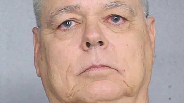 Former Parkland security officer Scot Peterson charged with neglect for not entering school