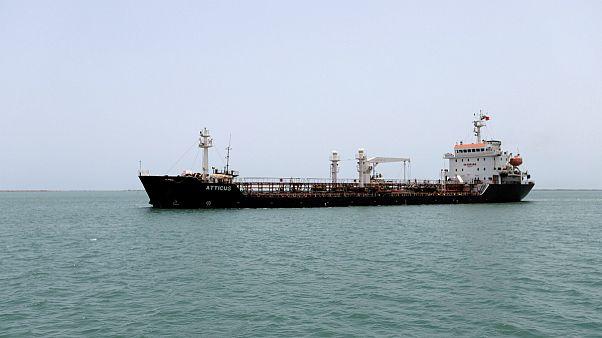 یکی از کشتی ها در نزدیکی بندر حدیده یمن