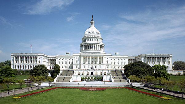 عزم کنگره آمریکا برای مقابله با طرح دولت ترامپ جهت فروش سلاح به عربستان
