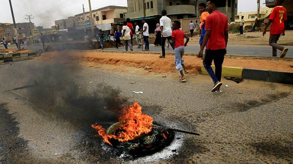 Sudan'da ölü sayısı 100'ü geçti; THY seferleri iptal etti