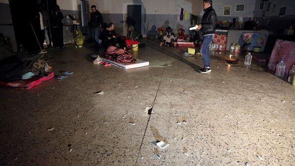 Λιβύη: 6.000 πρόσφυγες και μετανάστες παραμένουν παγιδευμένοι σε κέντρα κράτησης