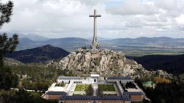 Ισπανία: Ανεστάλη η εκταφή του λειψάνου του Φράνκο