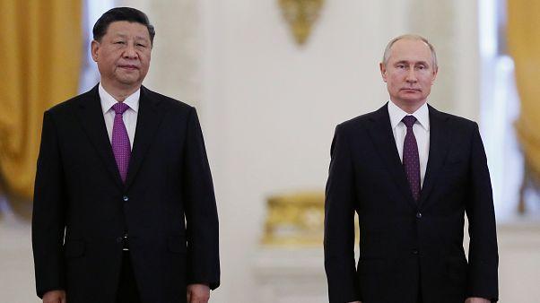 Rusia y China quieren que la situación en Venezuela se estabilice
