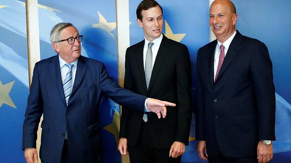 Jean-Claude Juncker, Jared Kushner és Gordon Sondland