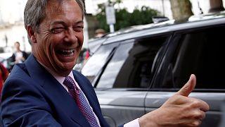 Farage não se junta à extrema-direita no PE