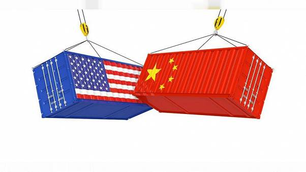 IMF: megszenvedi a világ gazdasága az amerikai-kínai kereskedelmi háborút