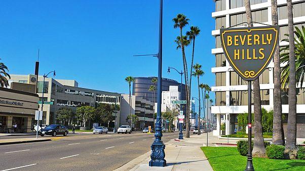 Zengin ve ünlülerin muhiti Beverly Hills'te tütün satışı tamamen yasaklanıyor