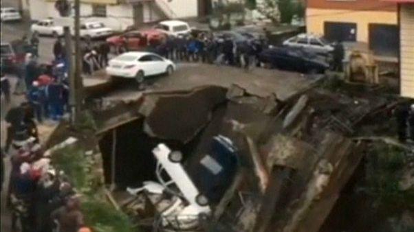 شاهد: انهيار جسر بقرية بيجتا في جمهورية داغستان جنوب روسيا
