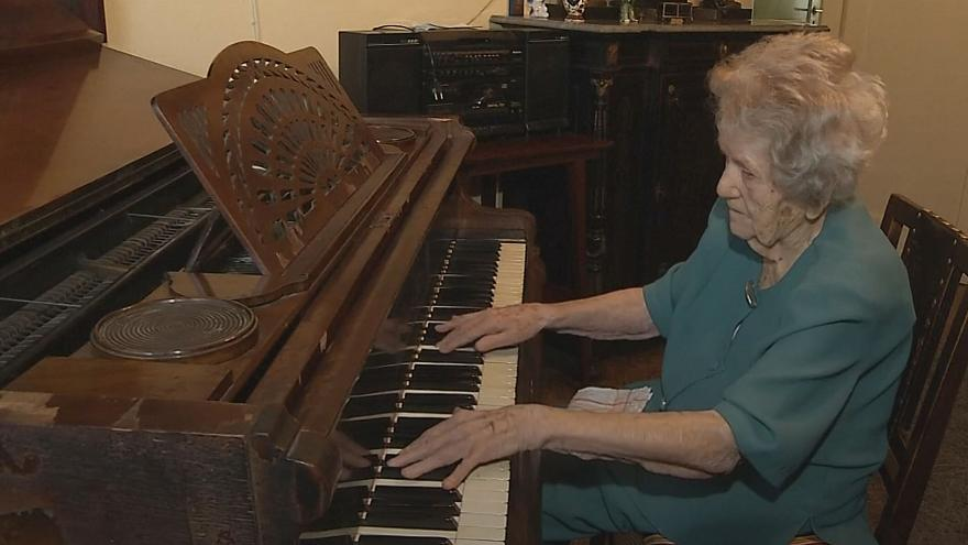 Meet the pianist from Poland who is still playing at 108