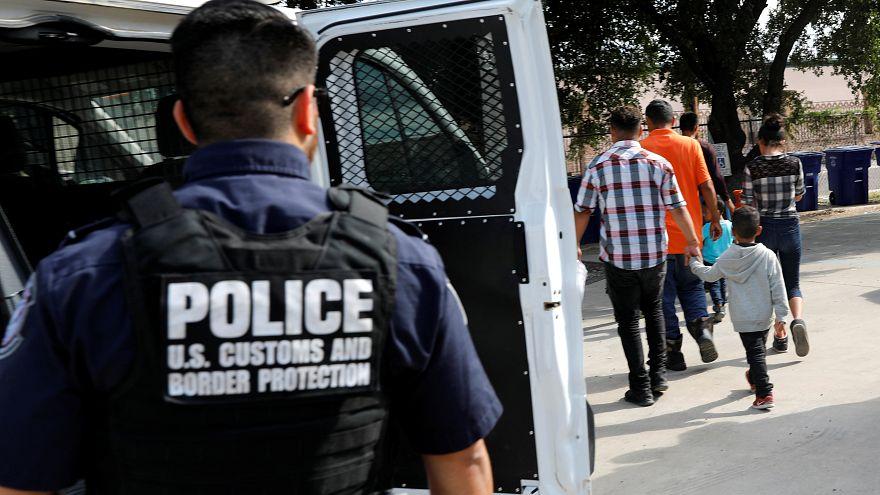 مهاجرون من أمريكا الوسطى يصلون إلى ملجإ في سان فرنسيسكو