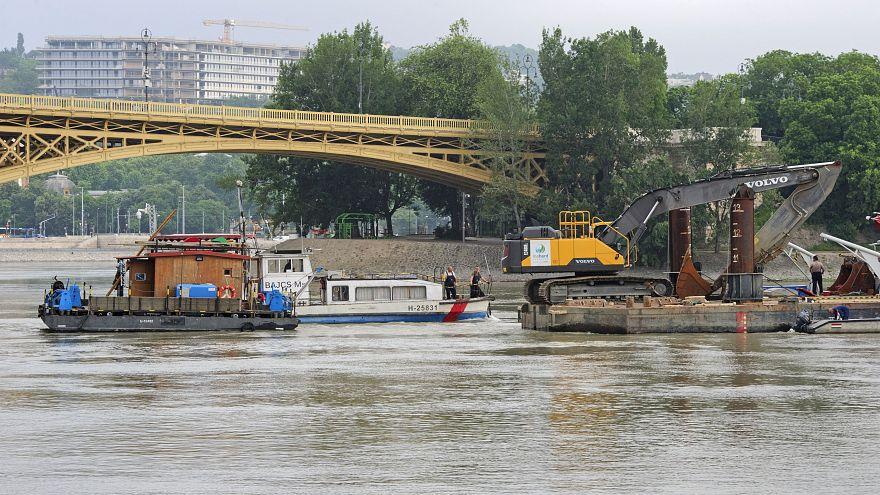 Danubio: mancano all'appello ancora dieci dispersi