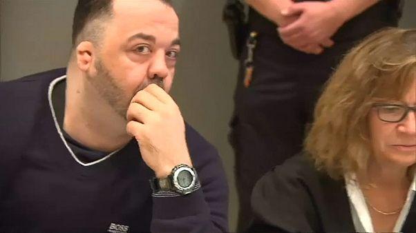 Antigo enfermeiro alemão condenado a prisão perpétua
