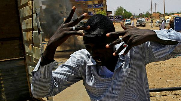تعلیق عضویت سودان در اتحادیه آفریقا به دلیل شدت گرفتن تنشها