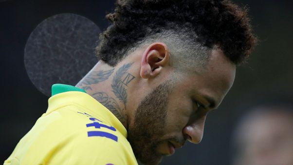Mastercard tecavüzle suçlanan Neymar'ın reklam kampanyasını iptal etti