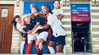 Mundial feminino de futebol arranca em França