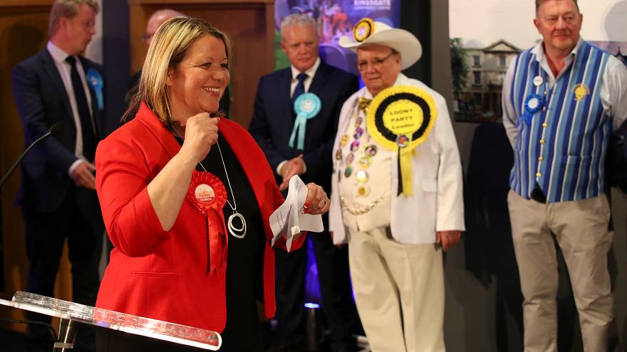 Labour party narrowly denies Brexit party first seat in UK parliament