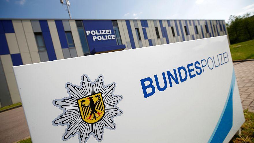 Γερμανία: Αρχίζει η δίκη ενός ζευγαριού τζιχαντιστών που προετοίμαζε μια «βιολογική βόμβα»