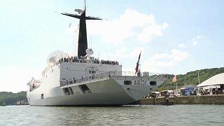 """Kriegsschiff """"Monge"""" - der Star in Rouen"""