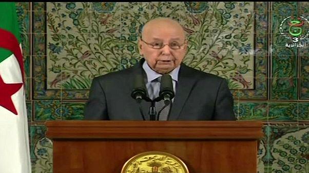 الجزائر: بن صالح يدعو إلى حوار سياسي شامل لإخراج البلاد من الأزمة السياسية