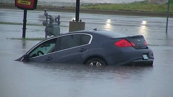 Flash flooding prompts rescues in Oklahoma City