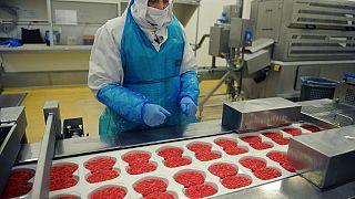780 ton sahte kıyma gıda yardımı yapan derneklere satıldı