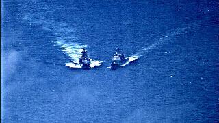Collision évitée de justesse entre deux navires de guerre américain et russe