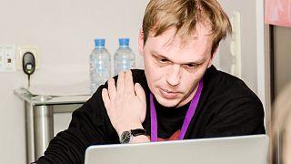 Orosz oknyomozó újságíró letartóztatásban
