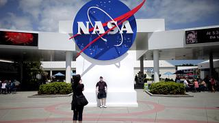 لوغو إدارة الطيران والفضاء الأمريكية ناسا