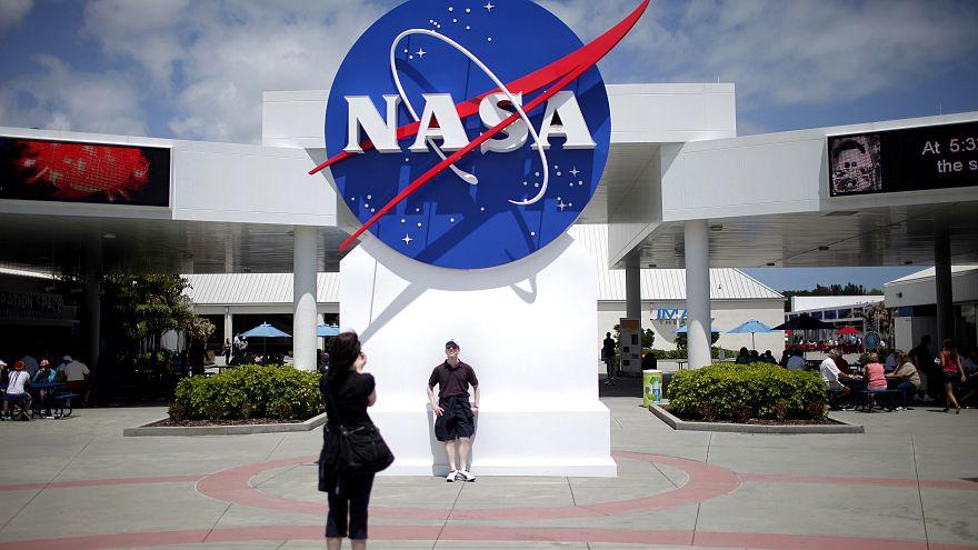 La NASA enviará turistas a la EEI en 2020