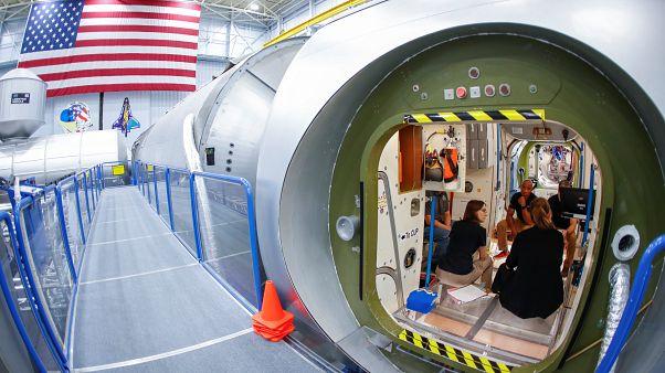 NASA: Το 2020 οι πρώτοι τουρίστες στον ISS