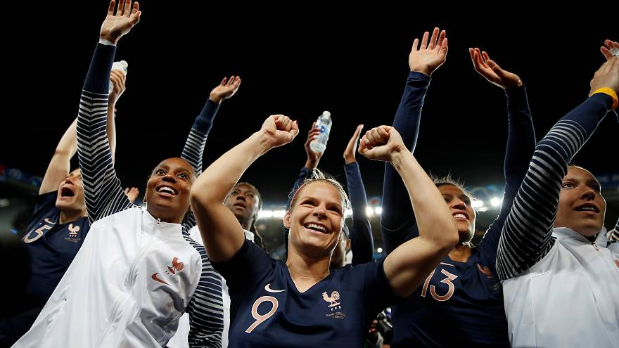 Hosts France celebrate winning start to Women's World Cup